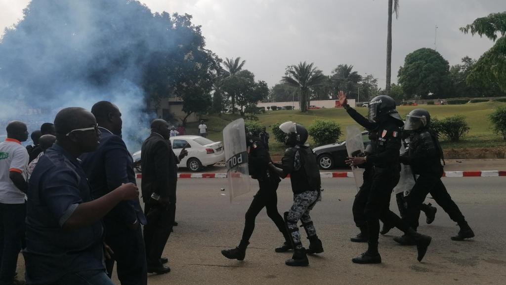 Côte d'Ivoire: attendu à Abidjan, l'ex-chef rebelle Soro atterrit au Ghana