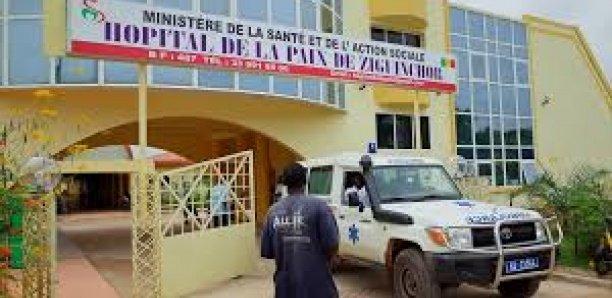 Ziguinchor : Les travailleurs de l'hôpital de la paix en grève
