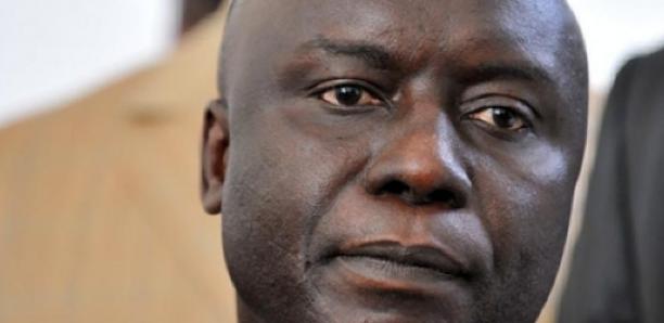 Management de Rewmi : Idrissa Seck change de méthode