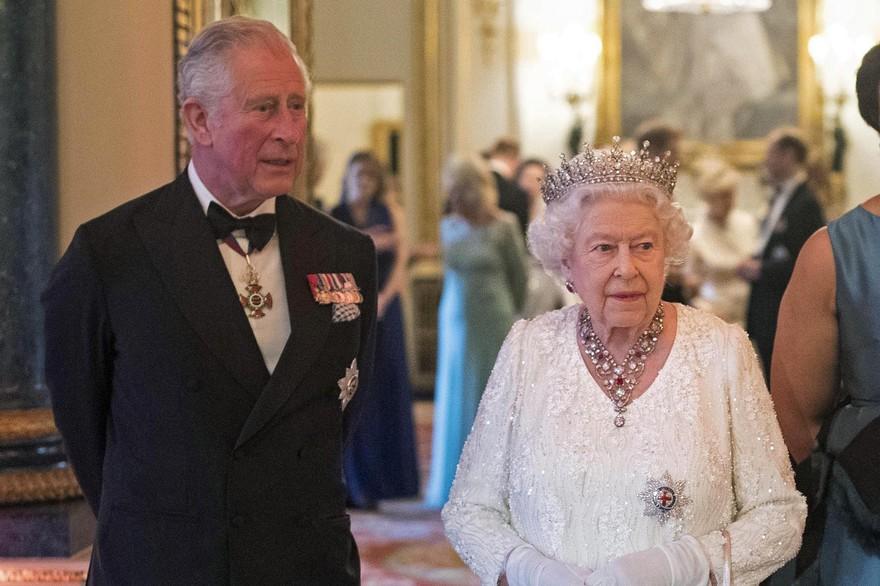 Royaume-Uni : Le prince Charles testé positif au Coronavirus