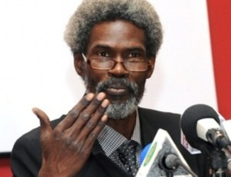 Covid 19 : Me Clédor Ciré Ly demande à Macky Sall de vider les prisons