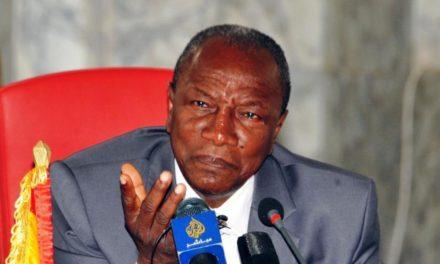 Veille de référendum en Guinée : Alpha Condé coupe l'internet