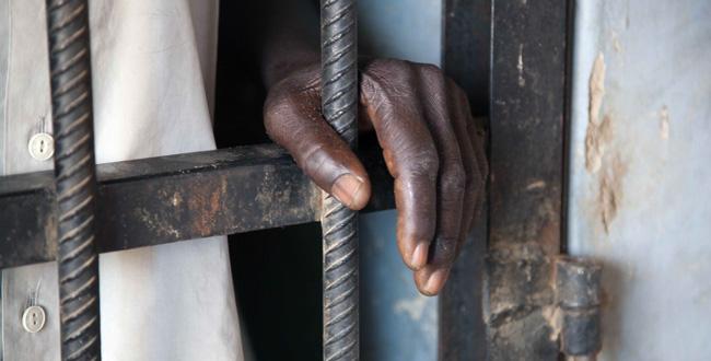 Ziguinchor : Un détenu suspecté d'avoir le covid 19 s'échappe