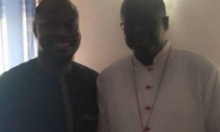Après sa libération : Guy Marius chez l'archevêque de Dakar