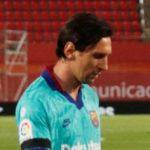 uan Sebastian Veron invite Lionel Messi à quitter le FC Barcelone et à rejoindre l'Estudiantes. Il est prêt à lui donner le numéro 10.