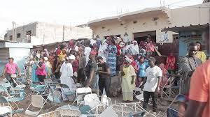 VIDEO /APR : quand les responsables se bagarrent avec leurs propres militants dans leur propre Mairie à Pikine.