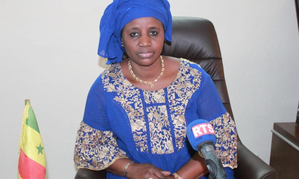 Madame le ministre de la fonction publique, Mariama Sarr, Matérialise les accords signés avec les syndicats d'enseignants (document).