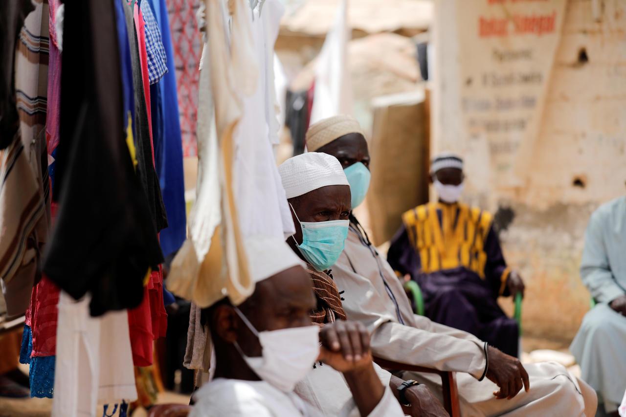 le vaccin Vaccin AstraZeneca commence vraiment à traumatisé les sénégalais avec  une autre victime à Keur Massar