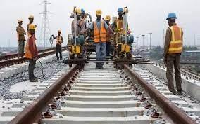 Les familles déplacées pour la construction du train express régional demandent à l'état de respecter ses engagements.