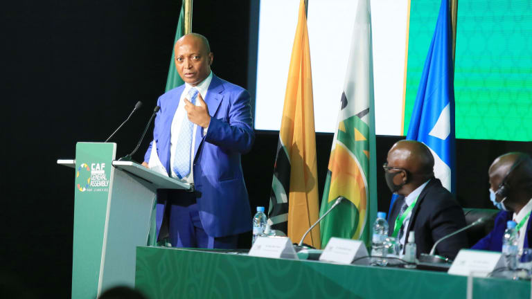 Le nouveau patron de la CAF Patrice Motsepe persiste et signe sur la CAN tous les deux ans ……