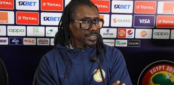 Football : Aliou Cissé donne  des éclaircissements  sur la fin de son contrat ( vidéos)