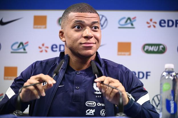 FOOTBALL-PSG: Mbappé juge l'arriver de Wijnaldum au PSG