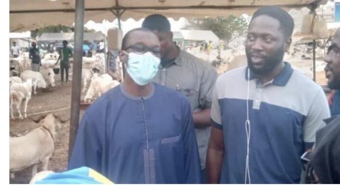 Tabaski : Ousmane Sonko achète un mouton chez Kilifeu (vidéo)